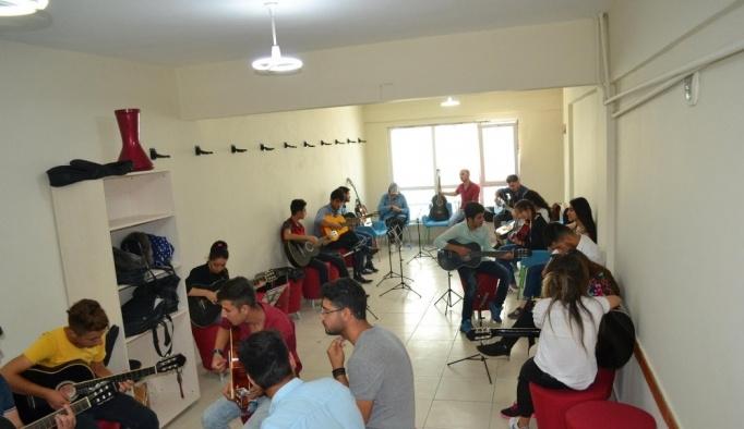 İpekyolu Gençlik Merkezinde yaz programları devam ediyor