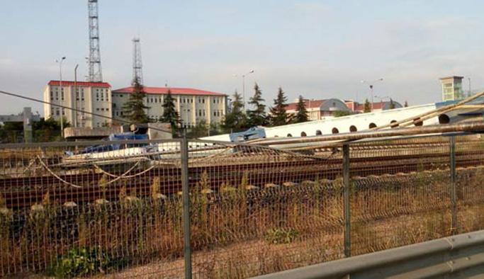 İzmit'te kaza, tüm tren seferleri durdu