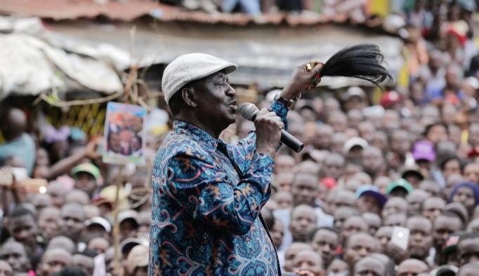 """Kenyalı muhalefet lideri Odinga'dan göstericilere """"işe gitmeyin"""" çağrısı"""