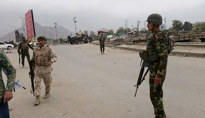Medreseye silahlı saldırı: 10 ölü