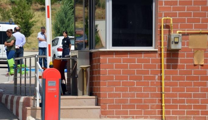 Nöbette kaza kurşunu: 1 polis hayatını kaybetti, 1 polis yaralı