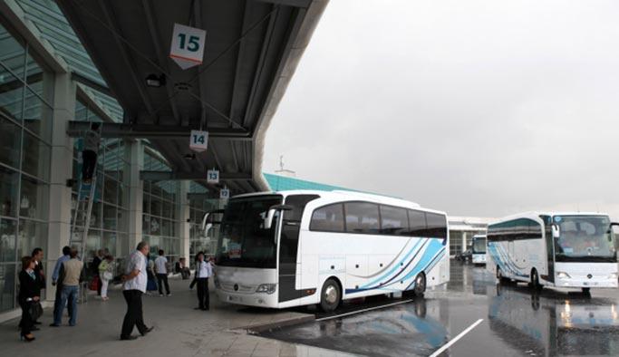 Otobüs biletleri tükendi, uçak biletleri uçtu