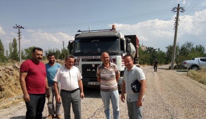 Seydişehir Belediyesi sathi kaplama çalışmalarını sürdürüyor