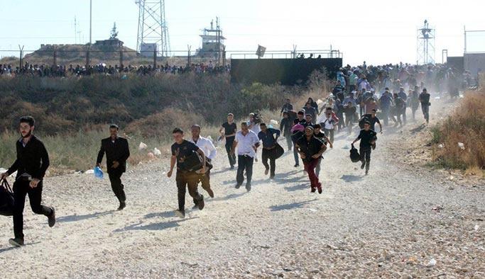 Suriyeliler koşarak gitti