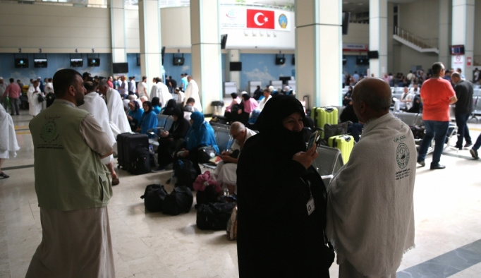 Suriyelilere Türkiye üzerinden hac imkanı