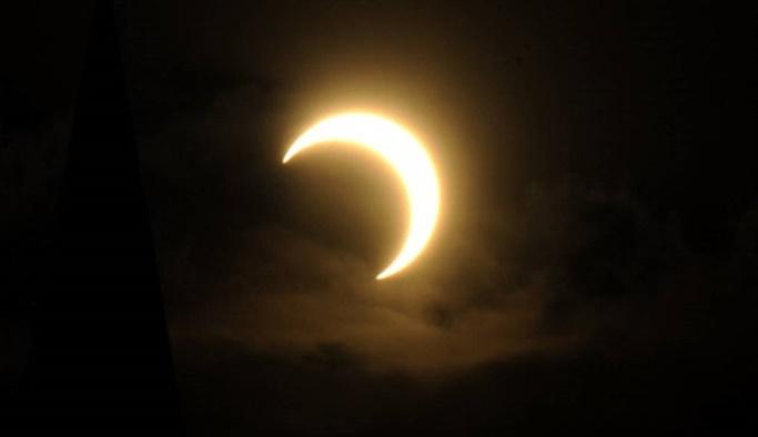 'Tarihin en büyük güneş tutulması' gerçekleşti