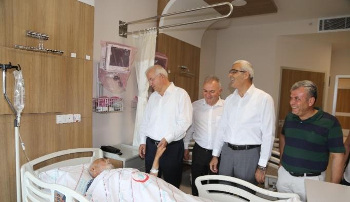 Torbalı'daki yeni devlet hastanesi hizmete başladı