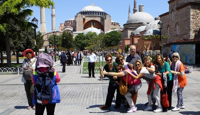 Türkiye'ye gelen turist sayısı 13 yılın zirvesinde
