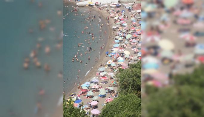 Zonguldak'ta vatandaşlar sahillere akın etti