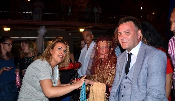 Alman çifte Türk usulü düğün