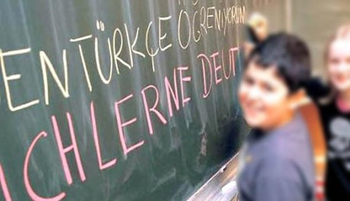 Almanya'da Türkçe dersine engel