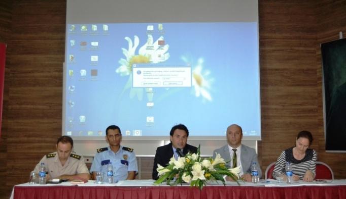 Ayvalık'ta Okul ve çevre güvenliği toplantısı gerçekleştirildi