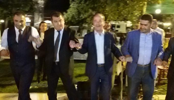 Başkan Gürkan ile Kırkpınar ağası kol bağladı