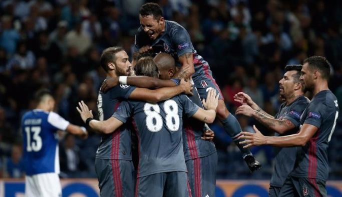 Beşiktaş Şampiyonlar Ligi'ne bir ilke imza atarak başladı