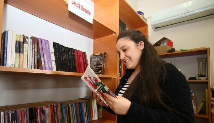 Evdeki kitaplar kütüphanelere