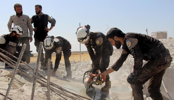 İdlib'de sivillere hava saldırısı, en az 4 ölü