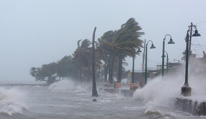 Irma kasırgası Küba'yı da vurdu, ölüler var