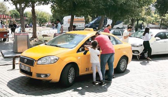İstanbul Beşiktaş'ta bir taksici aracında ölü bulundu