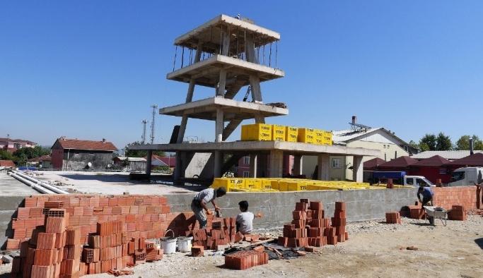 Mehmetağa Mahallesi semt meydanına kavuşuyor