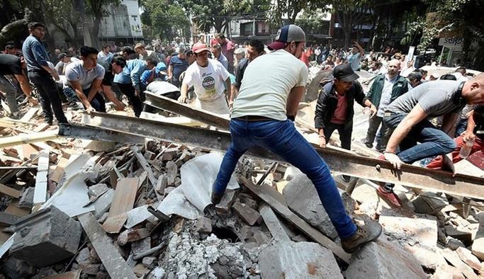 Meksika'da 7.1 şiddetinde deprem: 42 ölü