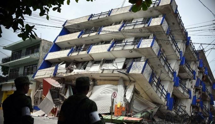 Meksika depreminde ölü sayısı 61 oldu