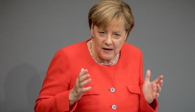Merkel, Türkiye'yi AB gündemine taşımayı planlıyor