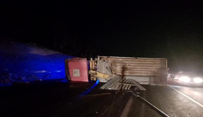 Mersin'de trafik kazası: 1 ölü, 2 yaralı