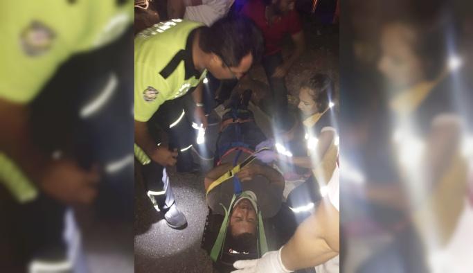Milas'ta motosiklet otomobille çarpıştı: 1 yaralı
