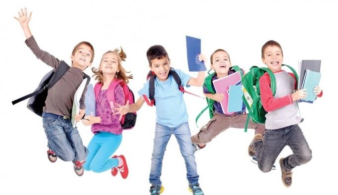 Öğrencilerin okul çantası Optimum'dan