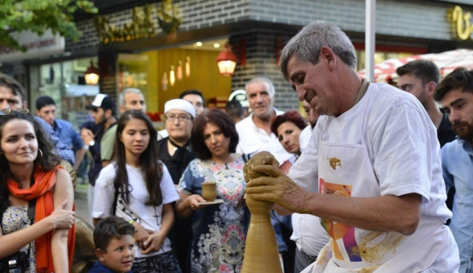 Osman Usta'dan sanatseverlere torna gösterisi