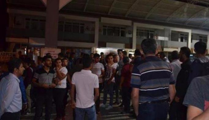 Parasını vermedikleri Suriyelileri dövüp ilçeyi de ayağa kaldırdılar