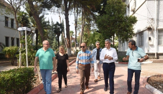 """Vali Demirtaş: """"Okullarımız yeni eğitim öğretim yılına hazır"""""""