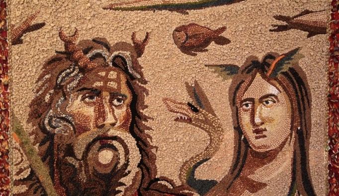 Yöresel malzemelerden mozaik yaptı