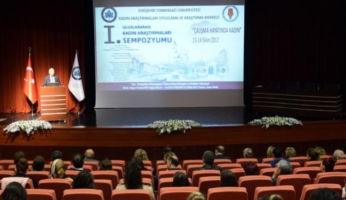1'inci Uluslararası Kadın Araştırmaları Sempozyumu ESOGÜ'de başladı