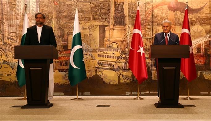Abbasi: Türkiye'nin düşmanı Pakistan'ın da düşmanıdır