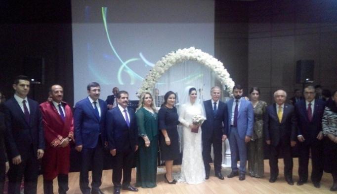 Mehmet Ali Şahin ikinci kez dünya evine girdi