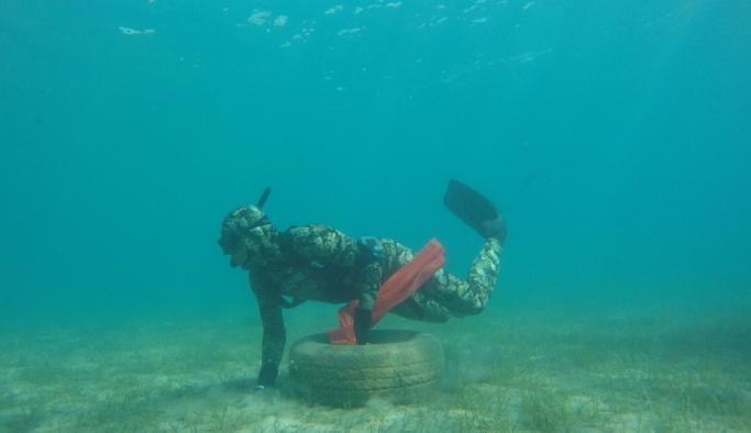 Bodrum'da deniz dibi temizliği