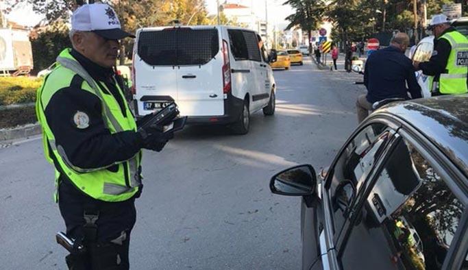 Cam filmi karmaşası, polis ceza kesiyor, vatandaş itiraz ediyor