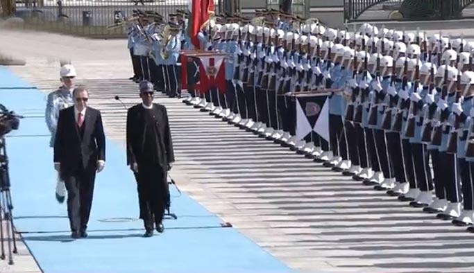 Cumhurbaşkanı Erdoğan, Buhari'yi resmi törenle karşıladı