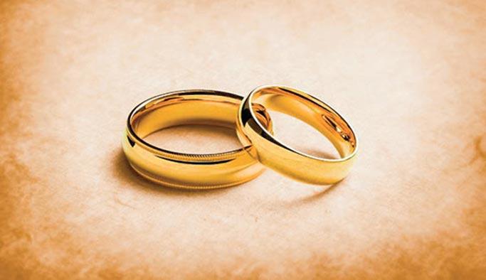 Devlet aracı olunca boşanmaktan vazgeçtiler