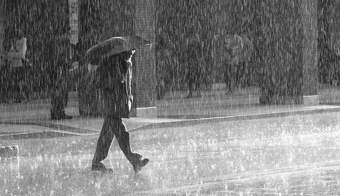Dikkat! Akşam saatlerinde sağanak yağış bekleniyor
