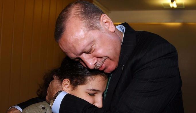 Görme engelli Tuğçe, Erdoğan'ı duygulandırdı