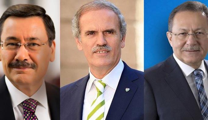İstifası istenen başkanlar 'işi yokuşa sürüyor' iddiası