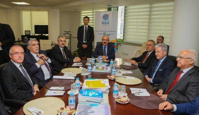 Kalkınma Bakanı Elvan İzmir'de