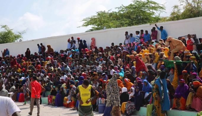 """Somali'de """"teröre karşı birlik"""" yürüyüşü"""