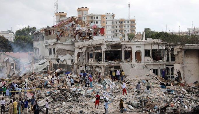 Somali'de bilanço ağırlaşıyor, Türkiye ambulans uçak gönderiyor