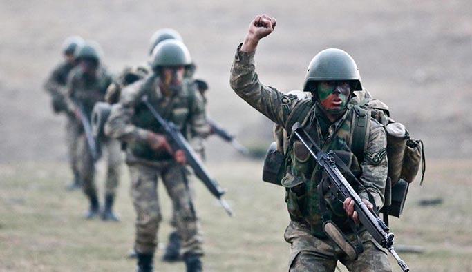 Türk komandoları Kuzey Irak'a girdi