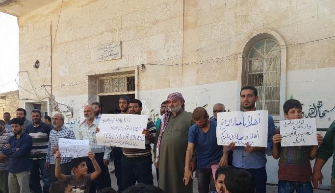 Türkiye'nin Suriye'ye girmesi sevinçle karşılandı