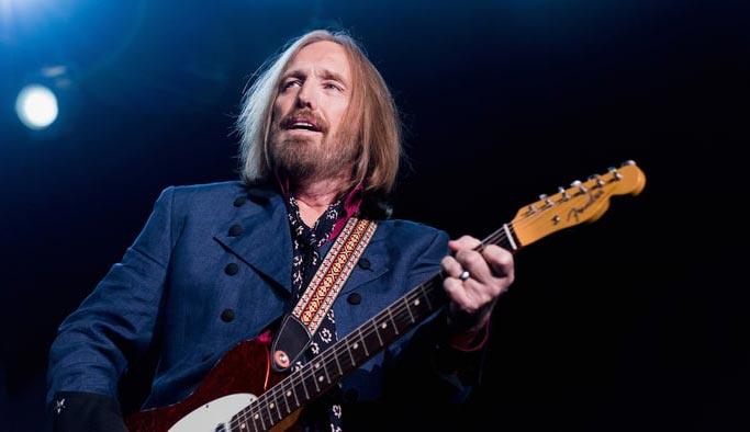 Ünlü müzisyen Tom Petty hayatını kaybetti