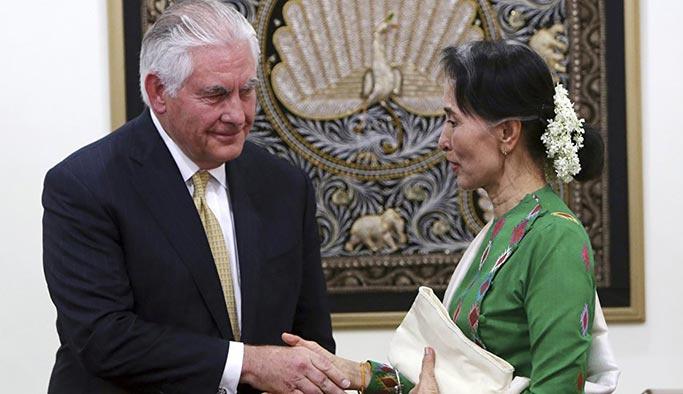 ABD Dışişleri Bakanı Tillerson Myanmar'da